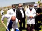 Hemşireler hastane bahçesine fidan dikti
