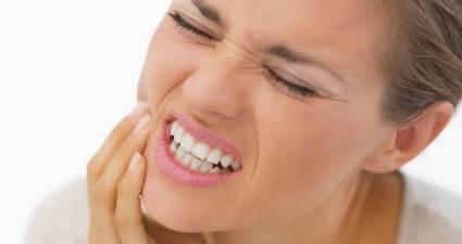 Diş gıcırdatma büyük tehlike yaratıyor