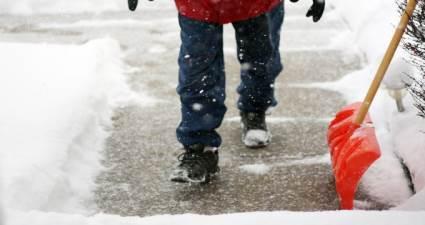 Karlı havalarda penguen gibi yürüyün